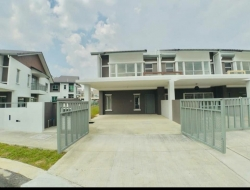 New Double Storey Serene Height, END LOT, Bangi
