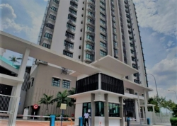 LAKE VISTA RESIDENCE BANDAR TUN HUSSEIN ONN/ HOT AREA FOR SALE