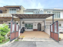 DOUBLE STOREY TERRACE INTERMEDIATE (OAKBERRY) WALKING DISTANCE TO SURAU MUKHLISIN