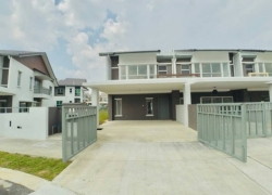 END LOT  2 STOREY TERRACE SERENE HEIGHTS
