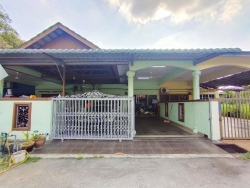 Rumah Teres Setingkat Taman Telok, Telok Panglima Garang